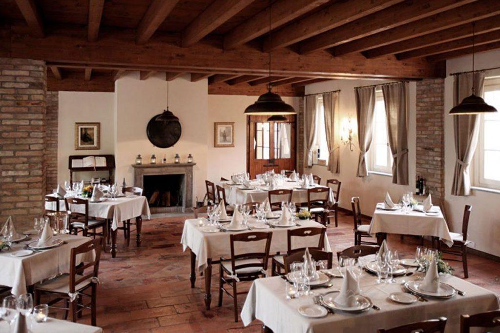 Sedie per ristoranti prezzi fabulous amazing bar ristorante pub