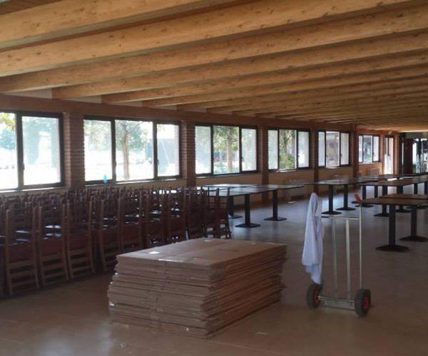 Fornitura di sedie e tavoli per la sede del novara calcio for Pasticceria fumagalli
