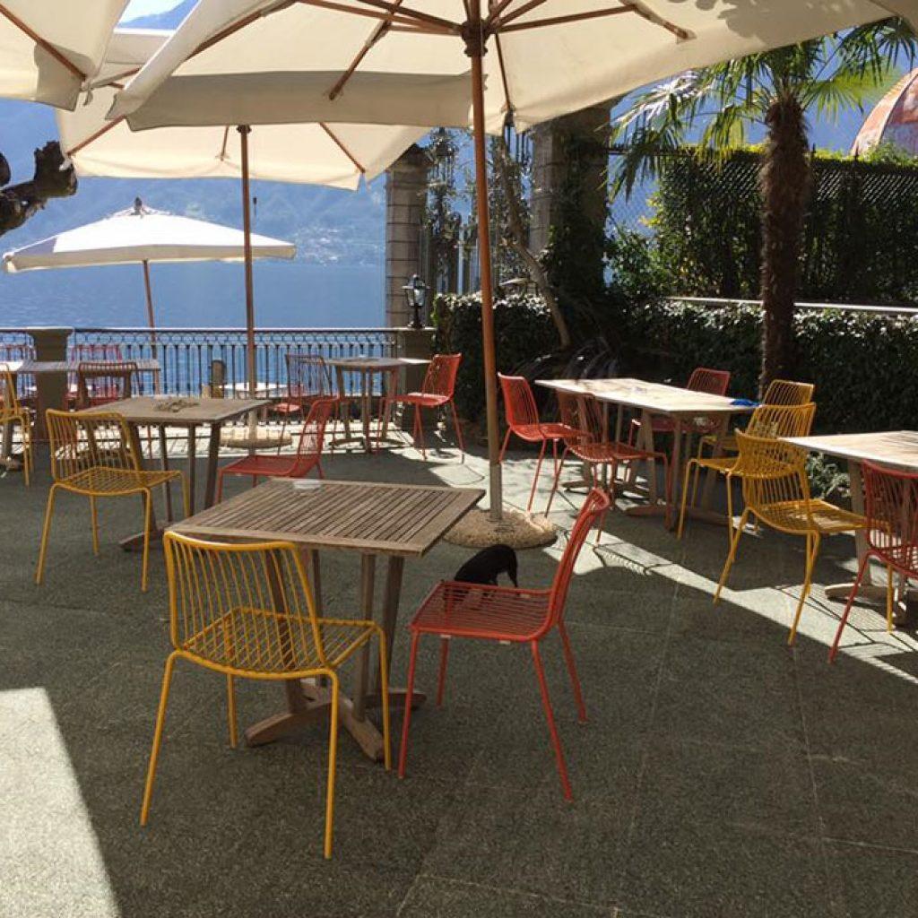 Sedie per esterno hotel sul lago di como galimberti sedie for Sedie per esterno